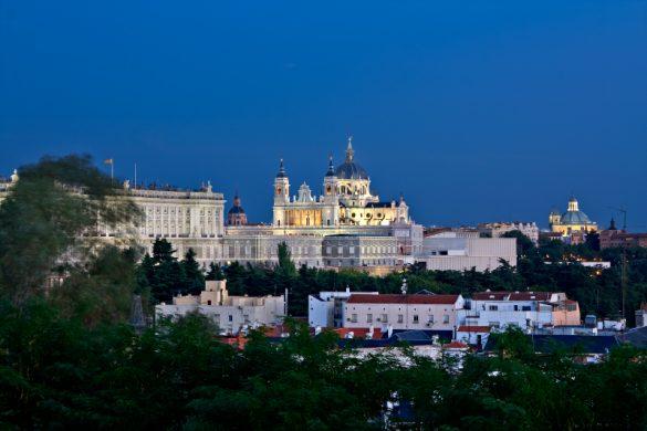 Reiseguide til storbyferie i Madrid, Palacio Real
