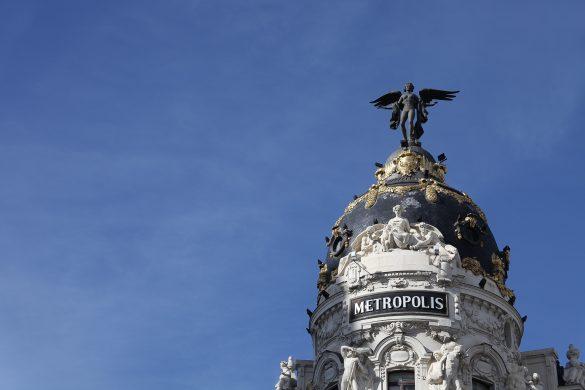 Reiseguide til storbyferie i Madrid, Gran Via, Metropolis