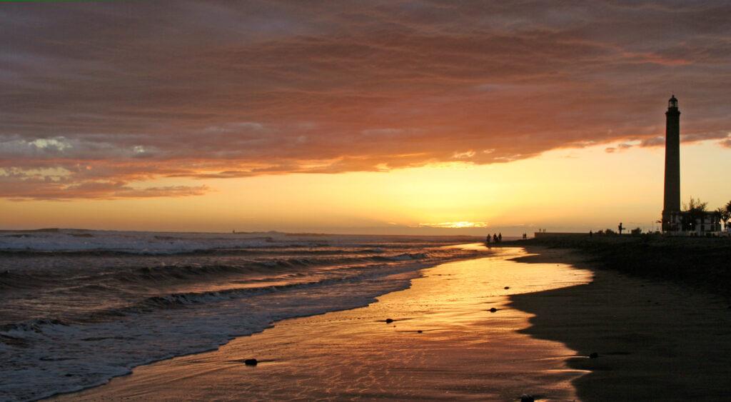 strand og Faro de Maspalomas